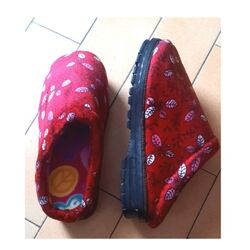 Chaussons Chinois Rouge Bonheur Taille 37