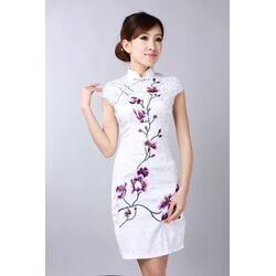 Robe Chinoise Blanche Coton Bordee Fleur